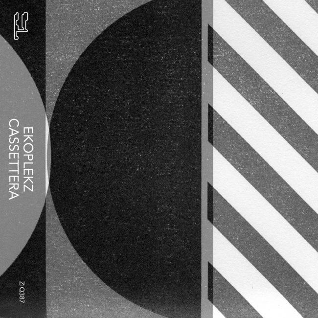 ZIQ387_Cassettera